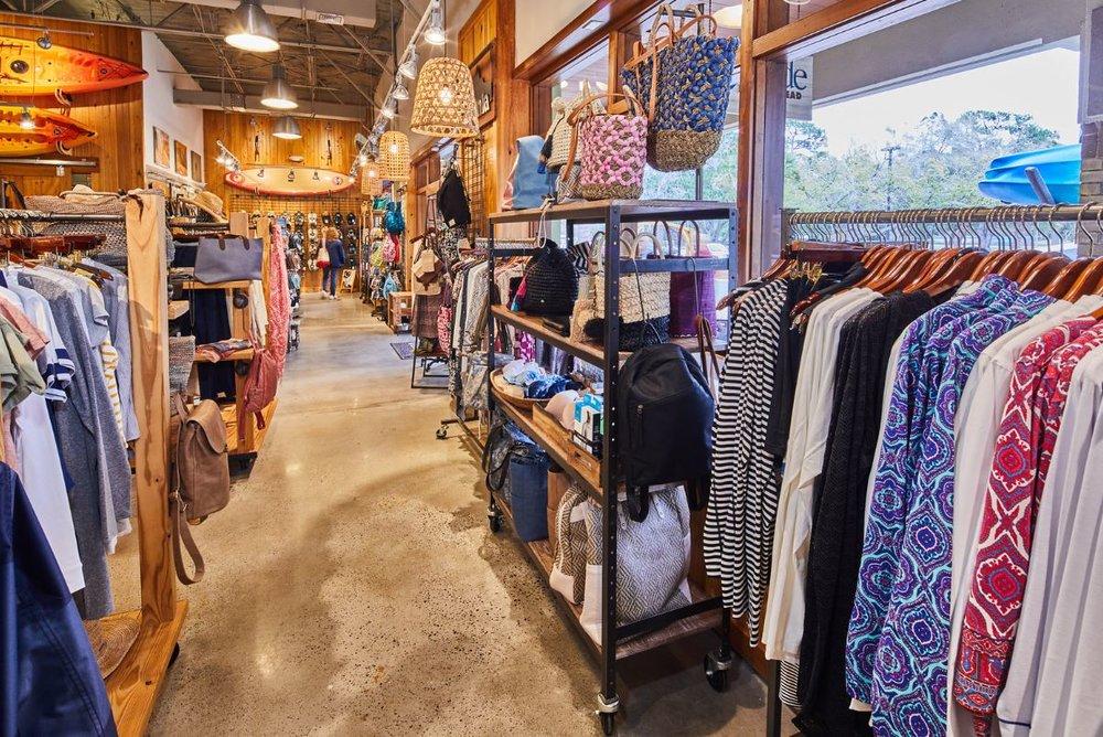 women-store-rows.JPG