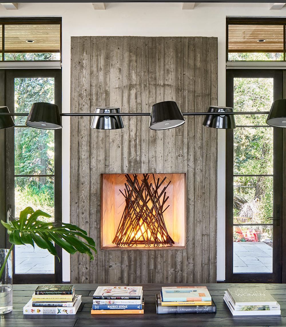 Gerber-Berend-325-9th-Street-6-20-17-Fireplace-Detail-Web.jpg