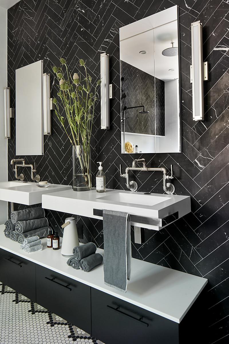 Gerber-Berend-325-9th-Street-6-20-17-Master-Bath-Detail-Web.jpg