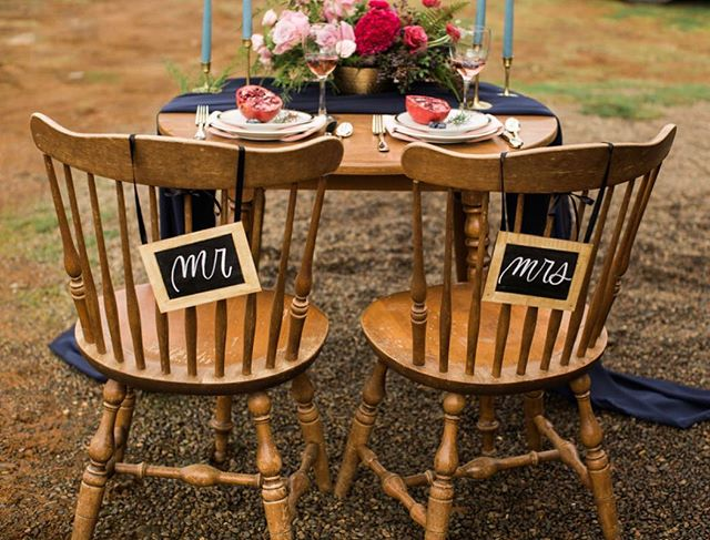 When women support each other, incredible things happen .... like this styled shoot! 💖😍 . . . Photos: @gracehelenphoto Floral: @Noblefloralco Styled and Coordinator: @eld.weddings lettering/signage: @charligraphy . . . . . #weddingdetails #weddings #weddingwire #weddinginspo #weddingcalligraphy  #letterpdx #lettering #handlettering #handletter #handwrittenfont #handtype #chalkboardart #chalk #chalkmakers #chalkboardlettering #chalkboardsign #versachalk  #calligritype #typeverything #charligraphy