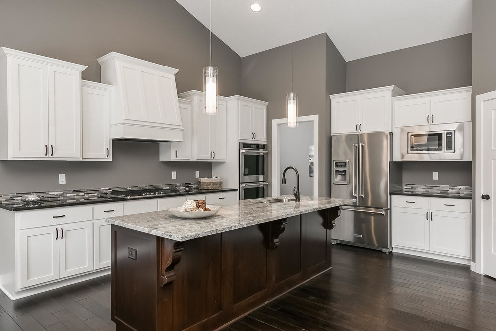 3067 127th Ave NW Blaine MN-large-013-18-Kitchen-1500x1000-72dpi.jpg