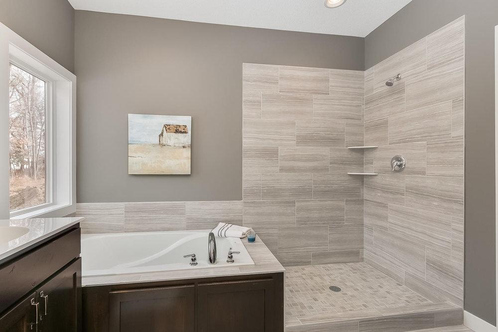 3067 127th Ave NW Blaine MN-large-018-17-Master Bathroom-1500x1000-72dpi.jpg
