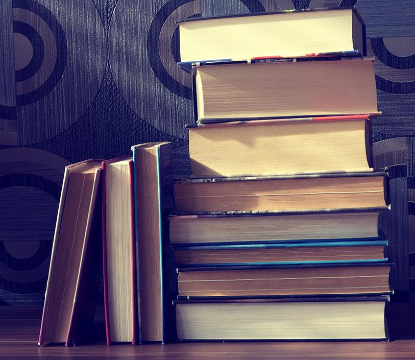 pilha de livros.png