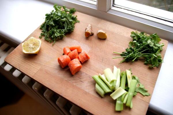 GreenJuiceIngredients.JPG