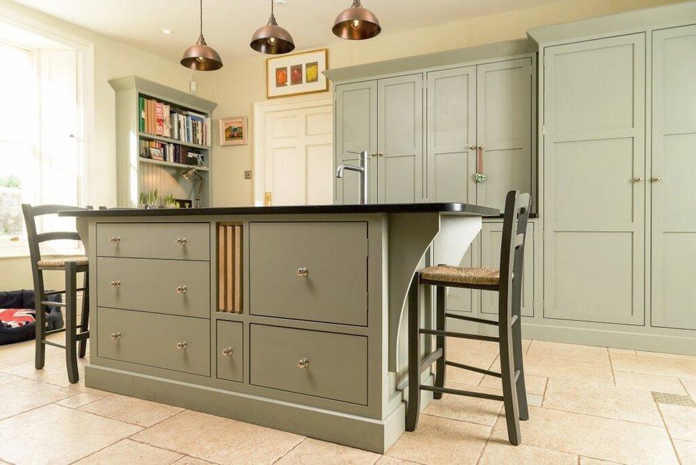 kitchen fitters bristol.jpg