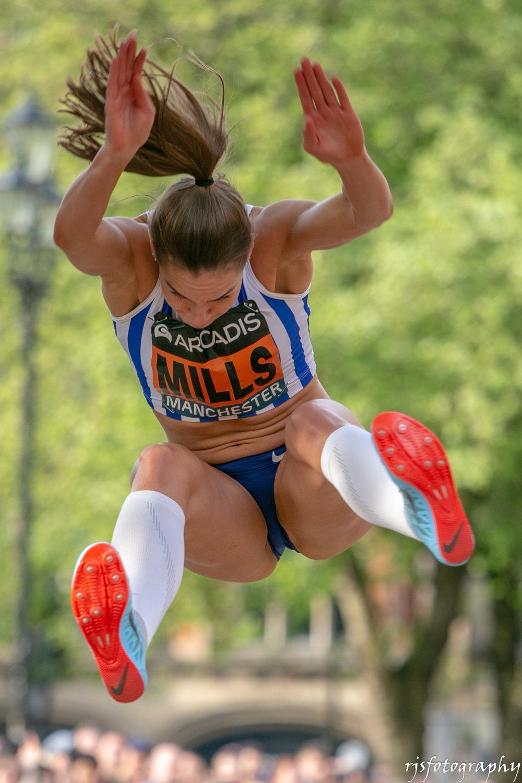 Holly Mills