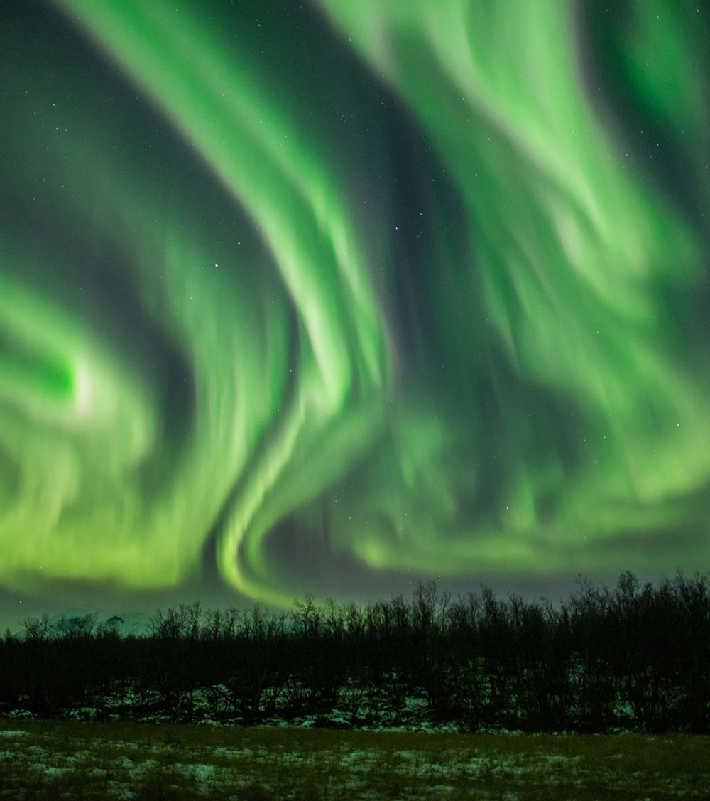 lights over lapland - Would you like to see and photograph the northern lights during the warmest time of the entire season? Our Autumn packages allow youto visit the Artic before the coldest weather arrives.click here to read more…