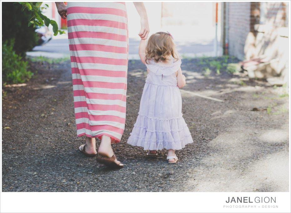 Janel-Gion-toddler-girl-balloon-photos_0004.jpg