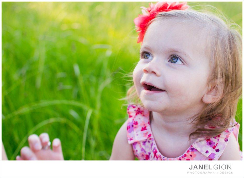 Janel-Gion-toddler-girl-balloon-photos_0019.jpg