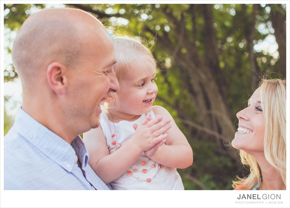 North-Idaho-Family-Children-Photographer-Year-in-Review-Contest-2013-Lifestyle-Family-Portraits-by-Janel-Gion-Photography_0013.jpg