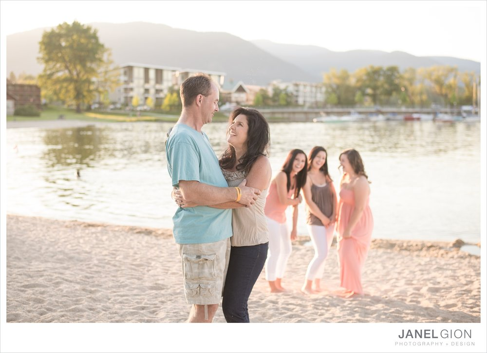 North-Idaho-Family-Children-Photographer-Year-in-Review-Contest-2013-Lifestyle-Family-Portraits-by-Janel-Gion-Photography_0016.jpg