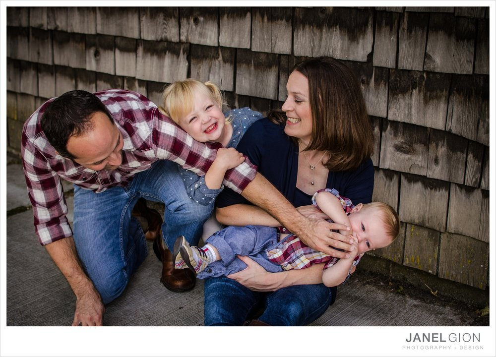 North-Idaho-Family-Children-Photographer-Year-in-Review-Contest-2013-Lifestyle-Family-Portraits-by-Janel-Gion-Photography_0031.jpg