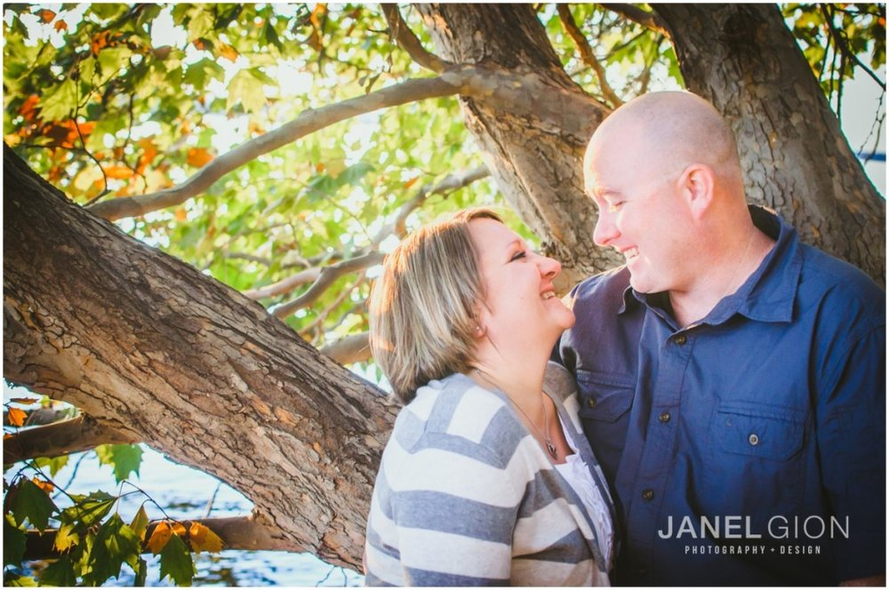 Tri Cities Washington Couples Photographer