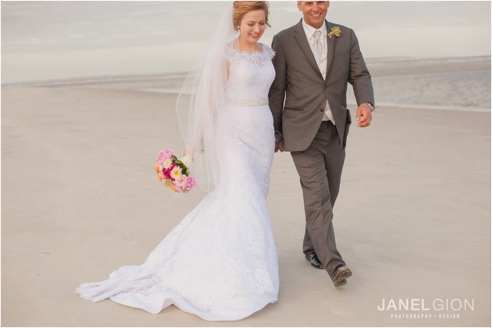 Janel-Gion-Hilton-Head-Island-SC-Destination-Wedding-Photographer_0023