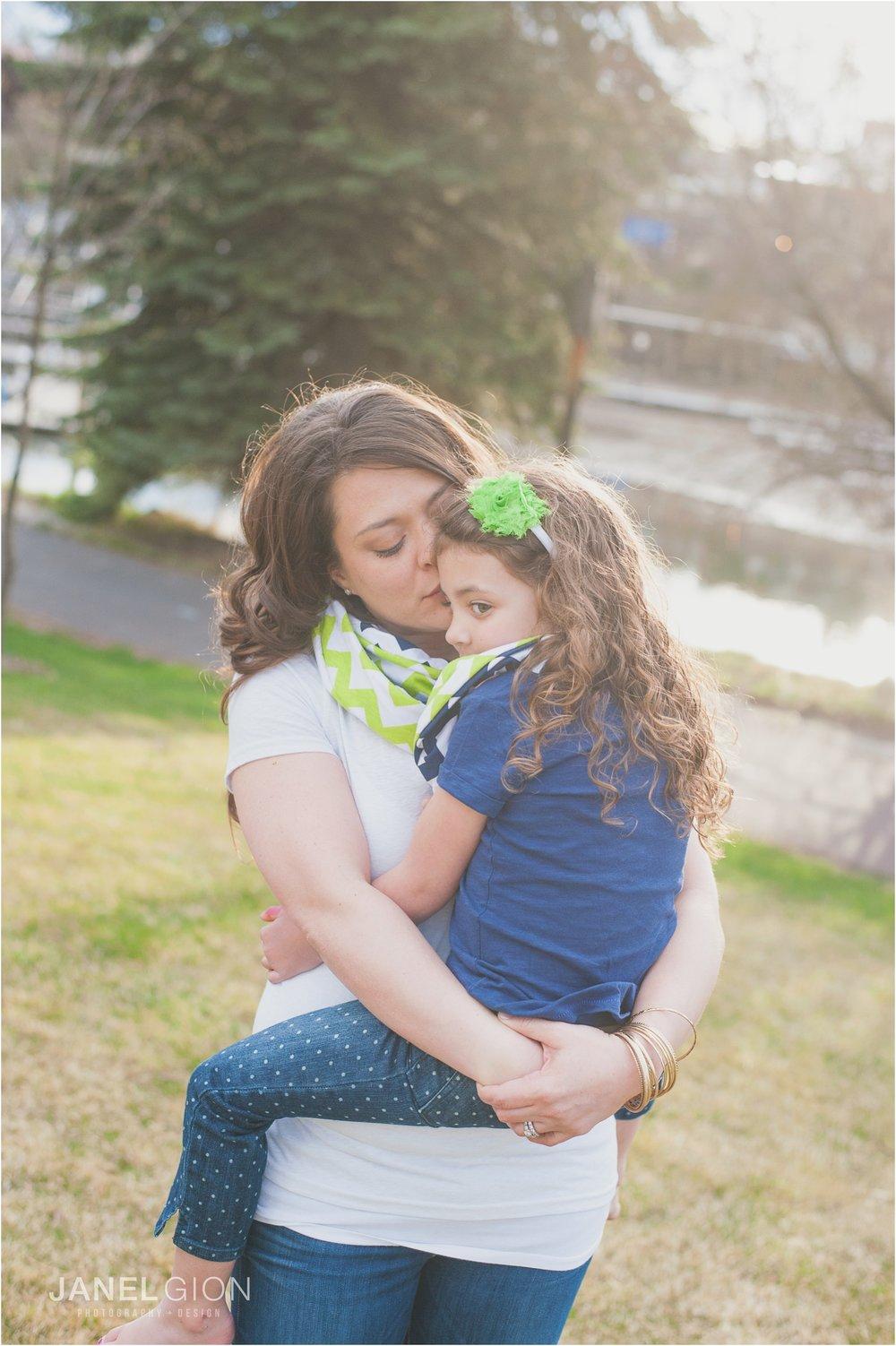 Janel-Gion-Sandpoint-Idaho-Portrait-Family-Photographer_0018
