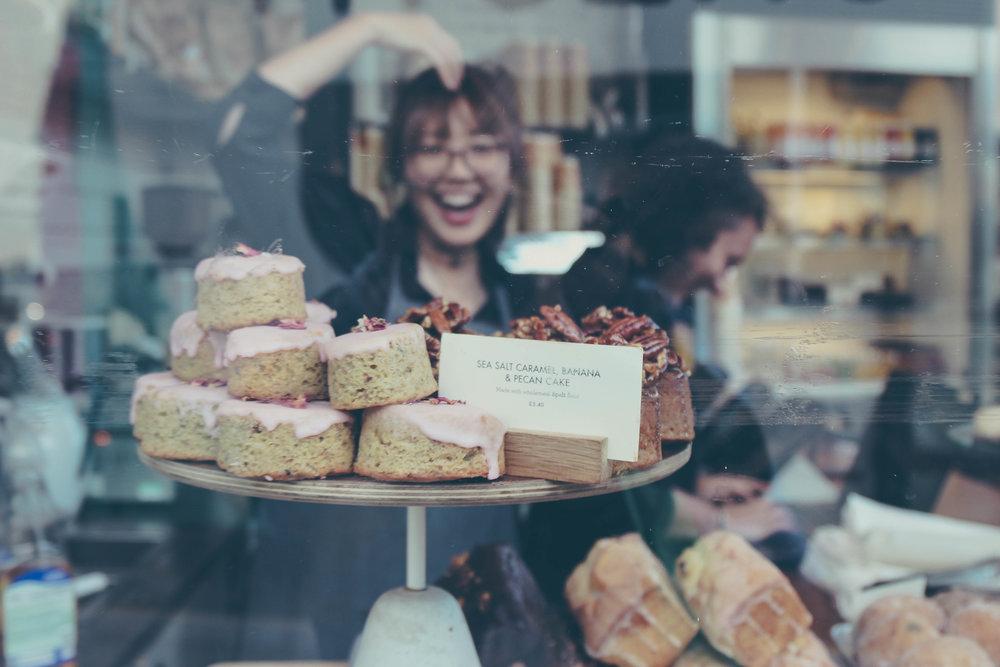 happy-bakery