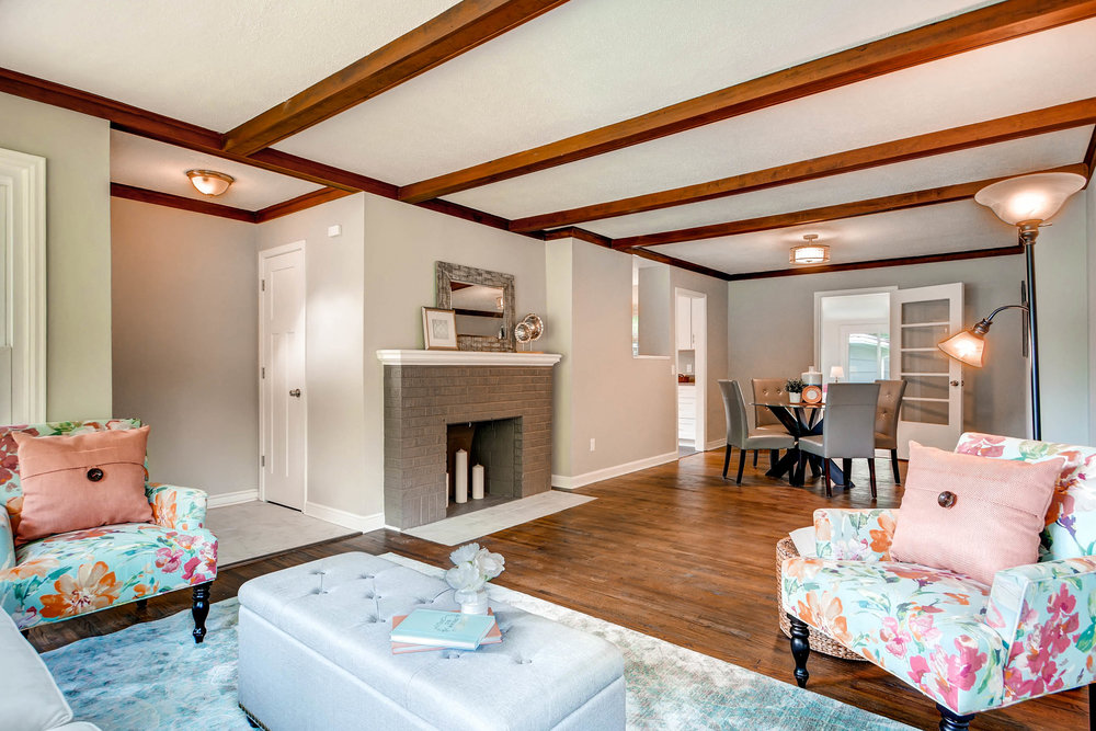 2913 Noble Avenue N-print-009-2-Living Room-2700x1801-300dpi.jpg