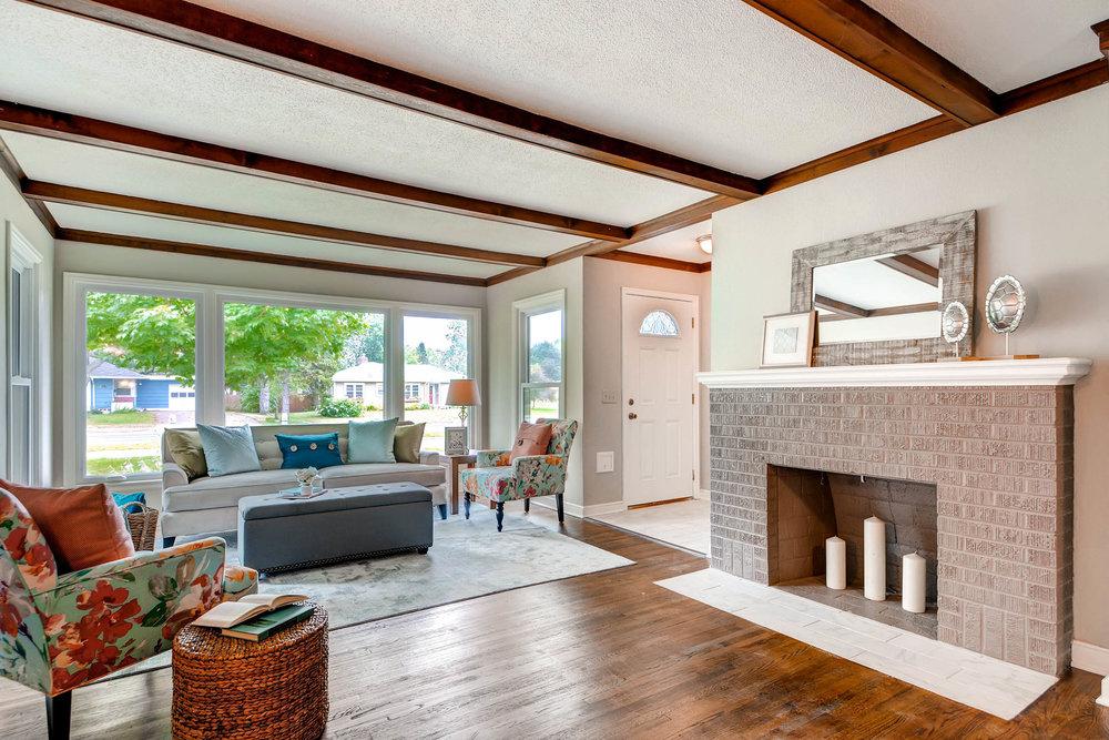 2913 Noble Avenue N-print-010-10-Living Room-2700x1801-300dpi.jpg
