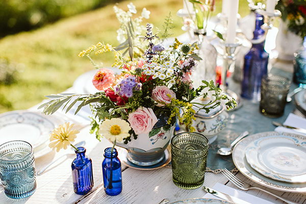 Urban Farm Girl Flowers in Asheville, NC offers floral design for your event and offers locally grown organic flowers from sustainable flower farms.