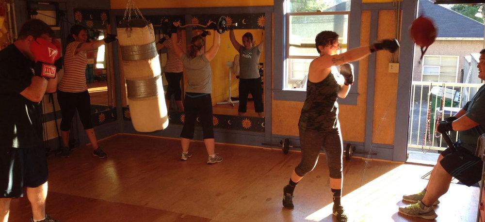 todo-bien-boxing-class.jpg