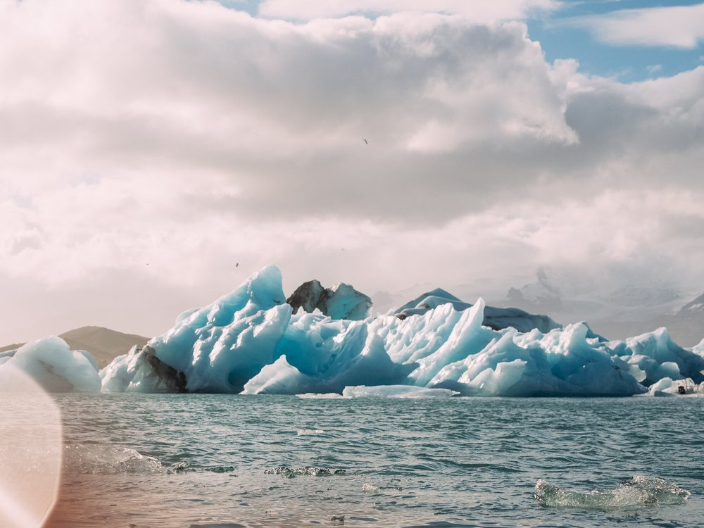 j-kuls-rl-n-glacial-lagoon_t20_jX98xN.jpg