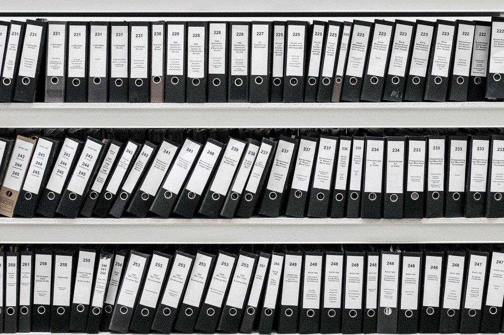 Codification des dossiers médicaux - Grâce à des archivistes médicales d'expérience, vos dossiers seront codés selon les normes requises par le gouvernement.