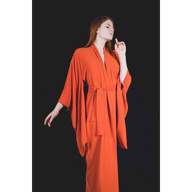 Orange kimono as part of the @idreamofshapes collection 'stay'. photographed by @s183_markhunt model @aja.jane. you can check out the full collection at idreamofshapes.com and available @farrahfloydbrussels @studio183 @bikiniberlin  #kimono #orange #independentdesigner #conceptstore #berlindesigner #brusselsfashion #berlinfashion #fashion #designer #style #handcrafted #shop #shooting #model #elegant #fashionshooting #shape #nowastedesign #sustainablefashion #instagood #instadaily