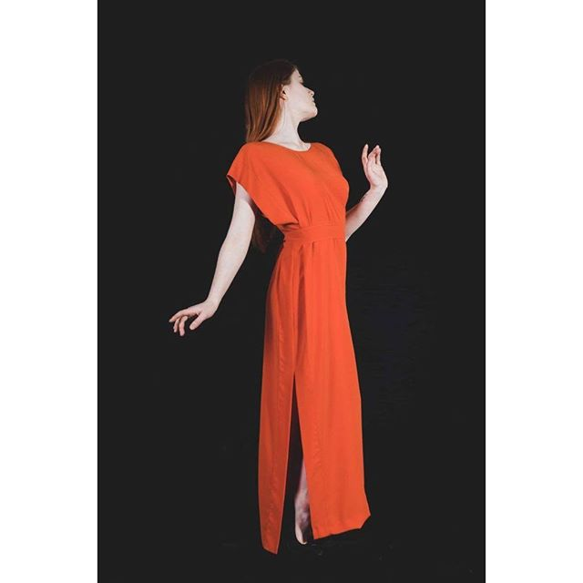 Orange split dress as part of the @idreamofshapes collection 'stay'. photographed by @s183_markhunt model @aja.jane. you can check out the full collection at idreamofshapes.com and available @farrahfloydbrussels @studio183 @bikiniberlin  #orange #independentdesigner #conceptstore #berlindesigner #brusselsfashion #berlinfashion #fashion #designer #style #handcrafted #shop #shooting #model #elegant #fashionshooting #shape #nowastedesign #sustainablefashion #instagood #instadaily