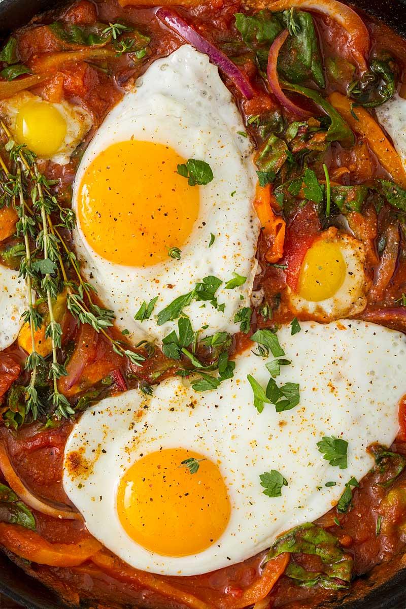 Baked-Eggs-Skillet-0780.jpg