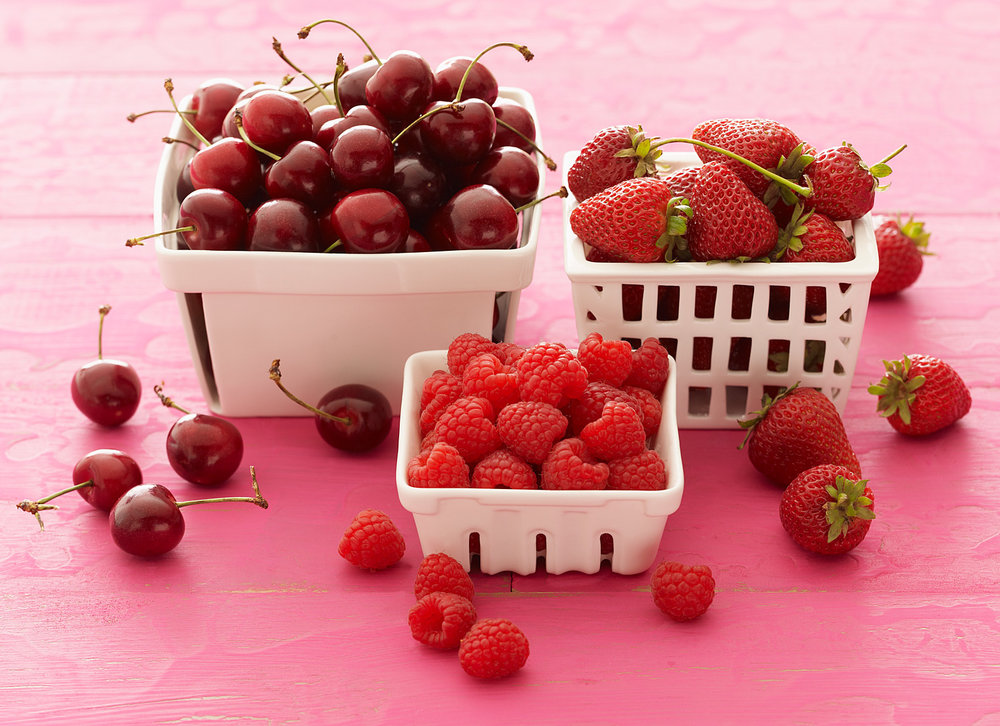 Berries on Pink-10854.jpg