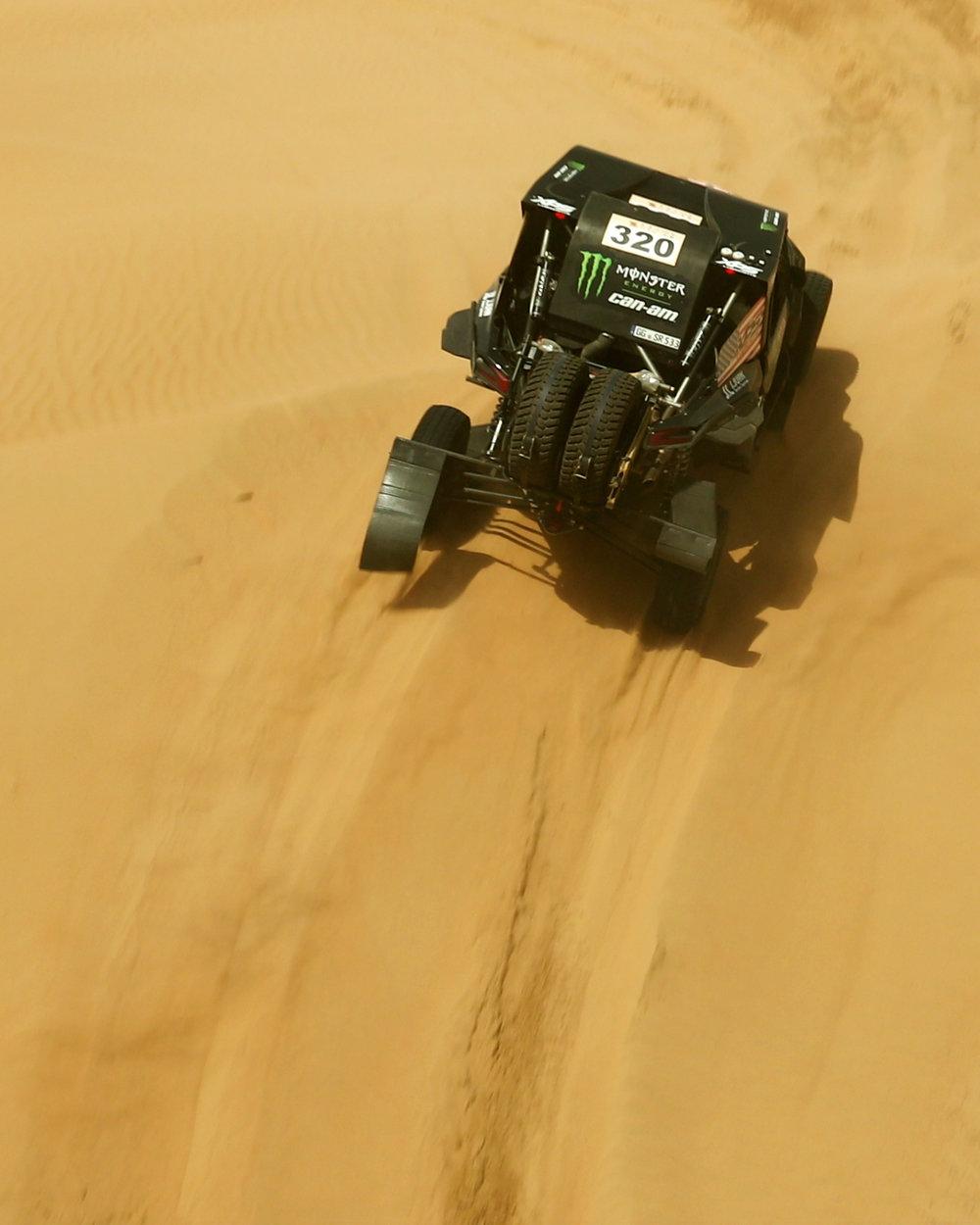 CaseyCurrie_AbuDhabiDesertChallenge_Rally_Stage1_Can-Am_004.jpg