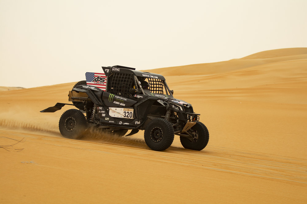 CaseyCurrie_AbuDhabiDesertChallenge_Rally_Stage4_Can-Am_006.jpg