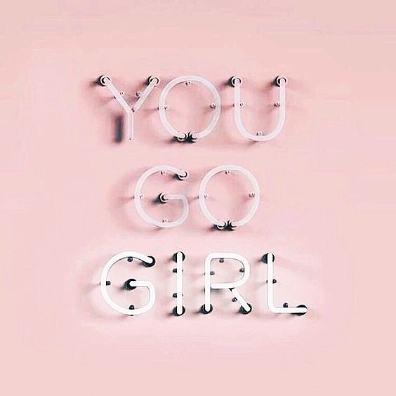 It's Friday! 🌸💋 Some little motivation for you today... don't let anything ruin your day. Your time is too precious. Go out there and be awesome and don't let anything make you feel small or insecure. You got this! Have a great weekend 💘🌸❤️ • • • #yougogirl #girl #motivation #friday #pink #neon #quote #happy #positivity #montreal #mtl #mtllife #mtlblog #mtlblogger #words #inspo #instainspo