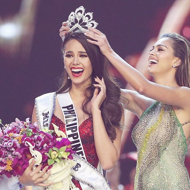 Miss Universe 2018 💘 Real life princess! What do you guys think?? 💘💕 • • • #missuniverse #2018 #missuniverse2018 #philippines #missphilipines #crown #princess #life #real #pageant #pretty #mtl #news