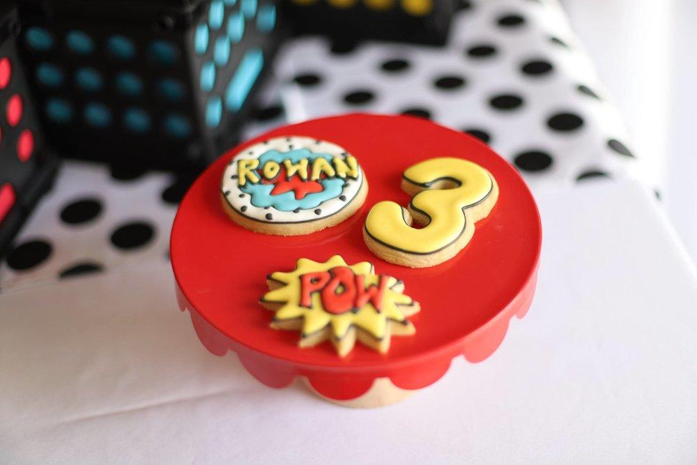 019_superhero_party_cookies.jpg