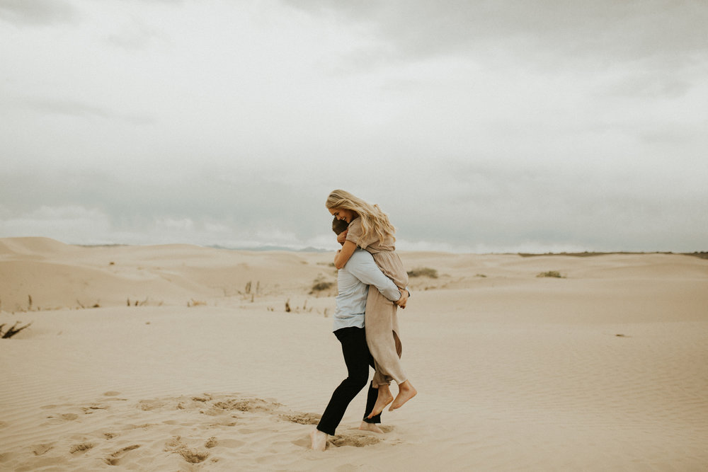 sand dune engagement session