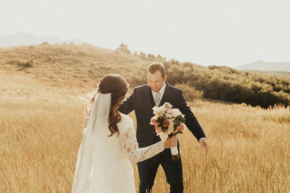 summer mountain bridal photos