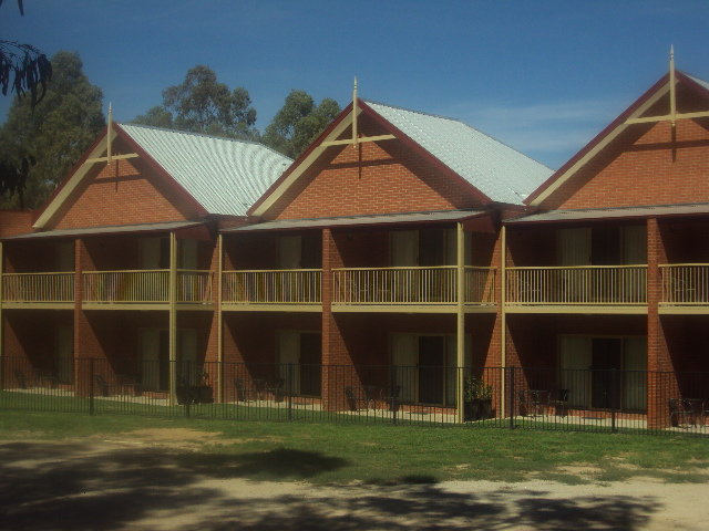 Murray Waters Motor Inn & Appartments - Set amongst the Redgum Trees , Overlooking the Murray River, Modern, Relaxed & Affordable Accommodation that's what Murray Waters has to offer you.A: 1 Keene St Koondrook Vic 3580P: 03 5453 2300E: info@murraywatersmotel.com.auWebsite