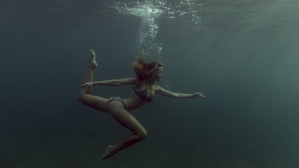 underwater-photography-33_2048x2048.jpg