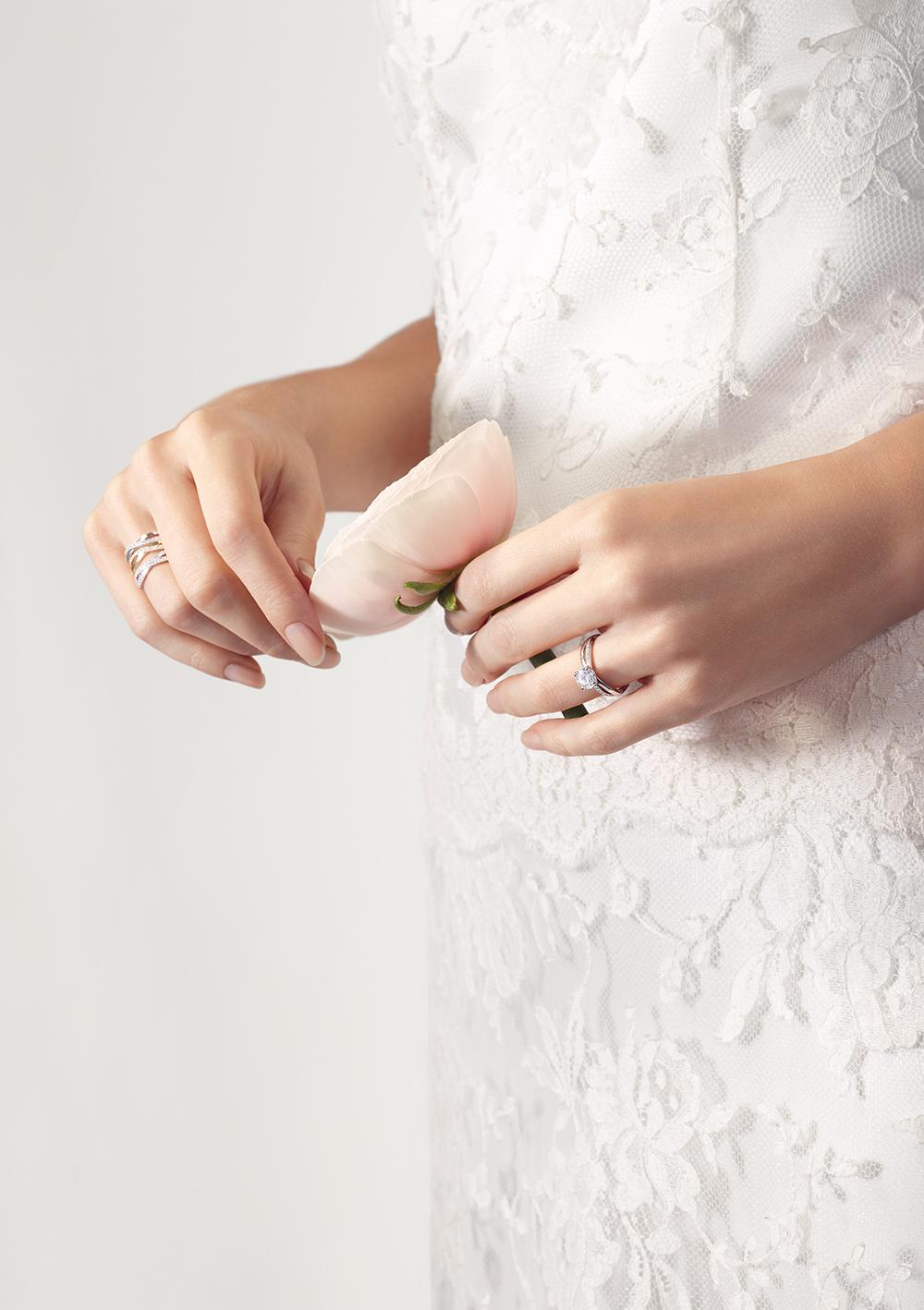 De Beers Bridal Full image Vertical 3_1600x1128.jpg