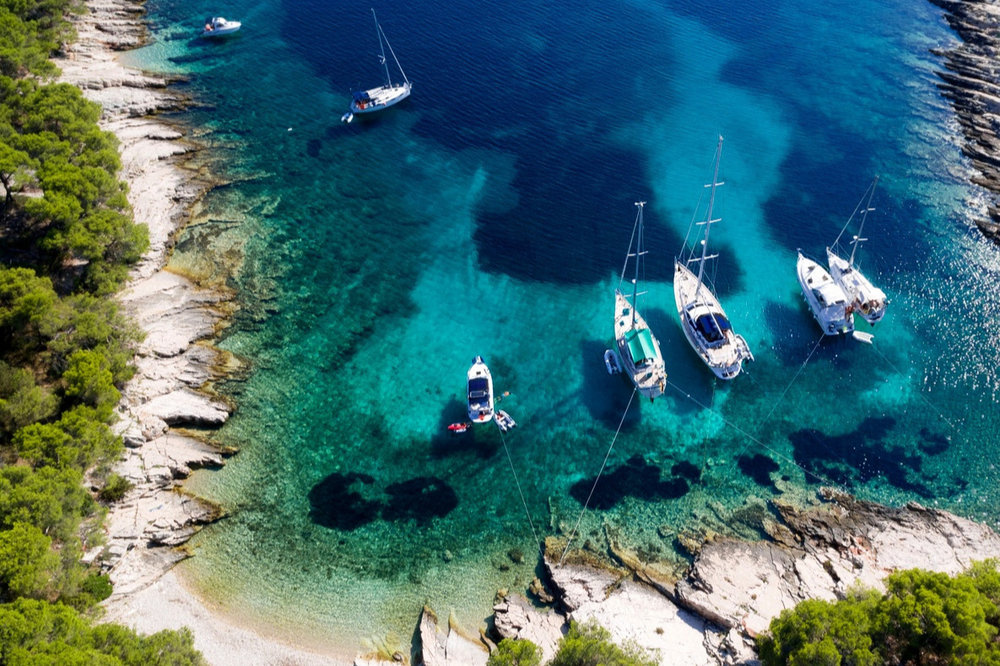 List your own yacht now - You own a yacht and would like to put it to better use? Tell us what you have in mind and we'll help you find the best solution.