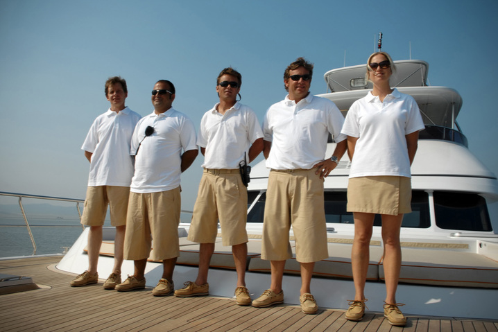 Be your own captain or enjoy a professional crew - The choice is yours: Whether you're a newbie or an experienced yacht owner, whether you prefer a year-round on-board crew, a temporary skipper upon request or wish to captain the yacht yourself, SmartYacht will ensure you get exactly what you want.