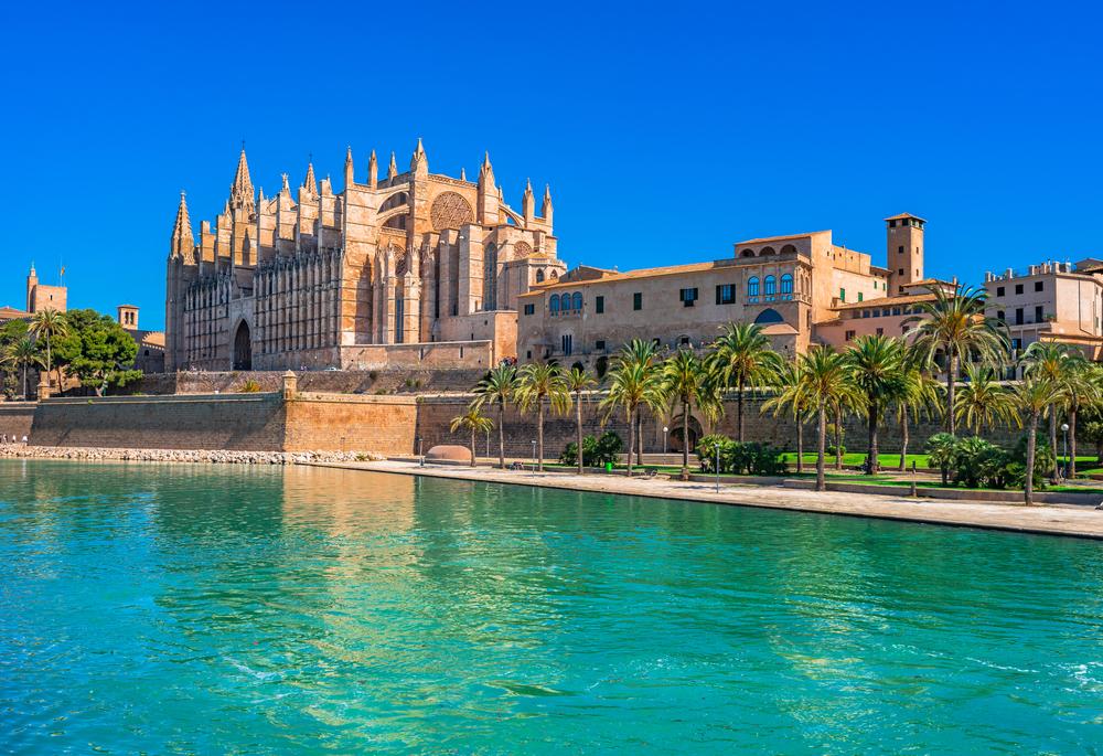 Palma-cathedral.jpg
