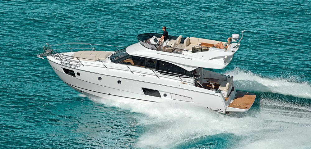 C_Bavaria420_Fractional Yachting (30).jpg