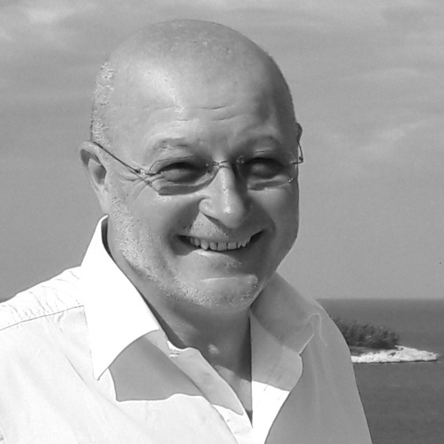 Gerhard Chemelli - CEO & Board MemberE-Mail: office@smartyacht.netPhone: +423 793 93 55