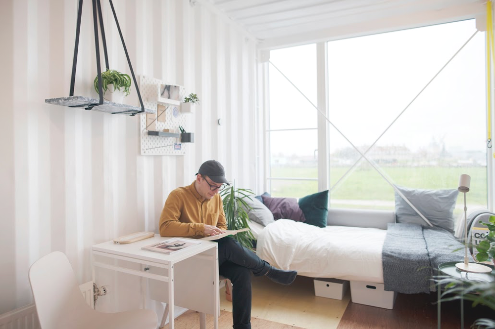 Live simply - The best things in life aren't things. Let's try to live by that.In CPH Village, you get a compact private space with simple amenities to charge your batteries. When charged up, access shared spaces to meet old friends and make new ones.