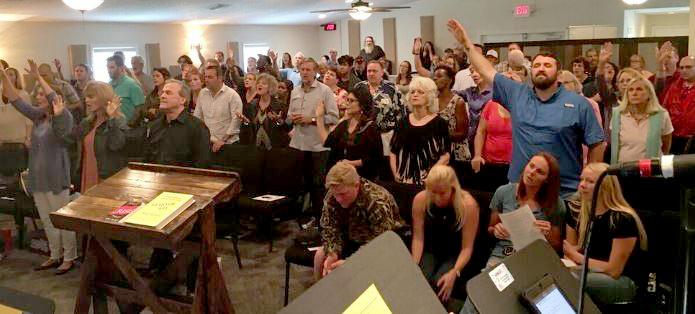 Sunday-Worship-Service-2.jpg