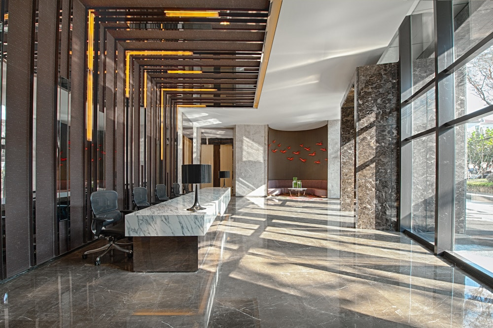 reception-area.jpg