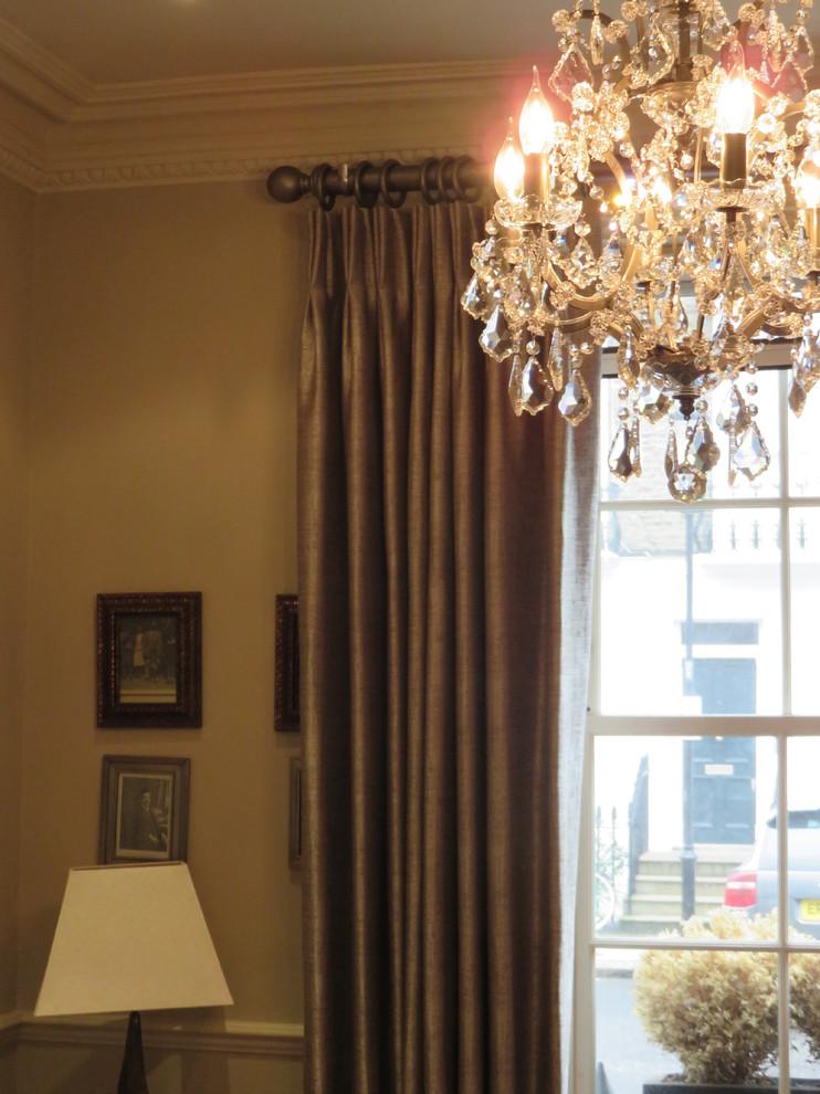 eclectic-living-room02.jpg