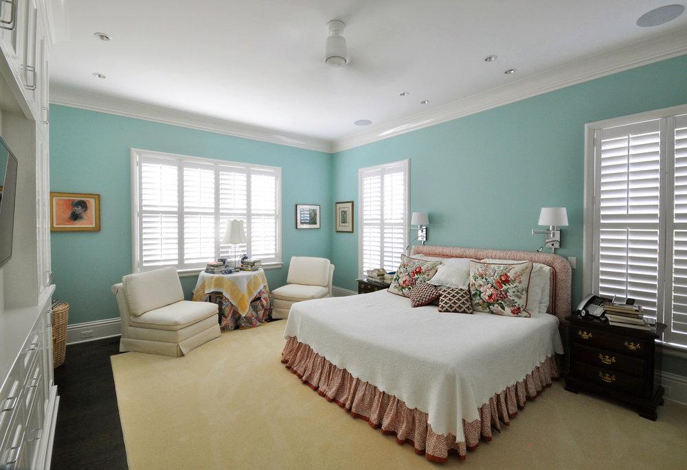 10_Finch_bedroom.jpg